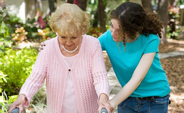 Offres d'emploi auxiliaires de vie Asnières-sur-Seine (92), aide à domicile pour personnes âgées