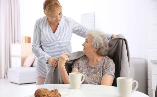 Offre d'emploi auxiliaires de vie à Arcachon (33) par Petits-fils, aide à domicile pour personnes âgées
