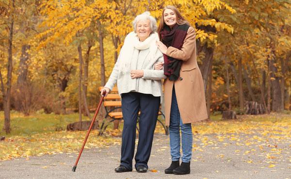 Offre d'emploi - Auxiliaires de vie à Voisins-le-Bretonneux (78) par Petits-fils, aide à domicile pour personnes âgées