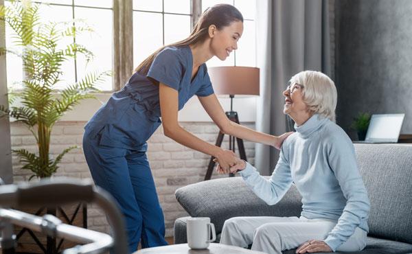Offre d'emploi - Auxiliaires de vie à Cagnes-sur-Mer (06) par Petits-fils, aide à domicile pour personnes âgées