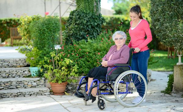 Offre d'emploi auxiliaires de vie Lille (59), aide à domicile pour personnes âgées
