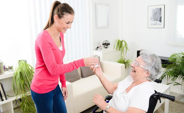 Offres d'emploi auxiliaires de vie Mont-Saint-Aignan et Rouen 76 - Aide à domicile pour les personnes âgées