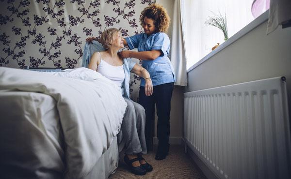 Offre d'emploi auxiliaires de vie Montpellier (34), aide à domicile pour personnes âgées