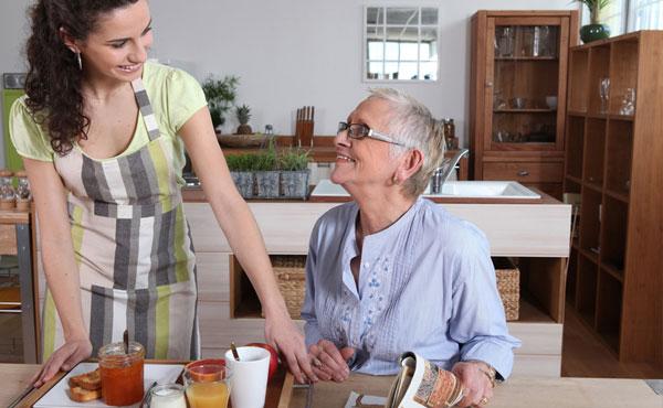 Offre d'emploi auxiliaires de vie Niort (79) par Petits-fils, aide à domicile pour personnes âgées