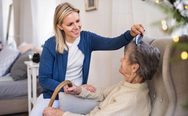 Offre d'emploi auxiliaires de vie à Nancy (54) par Petits-fils, aide à domicile pour personnes âgées