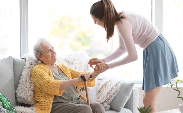 Offre d'emploi auxiliaires de vie à Paris 12 (75) par Petits-fils, aide à domicile pour personnes âgées
