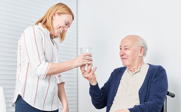 Offre d'emploi - Auxiliaires de vie à Challans par Petits-fils, aide à domicile pour personnes âgées